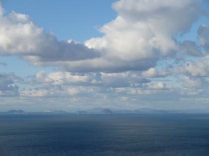 沖合いに見える芸予の島々