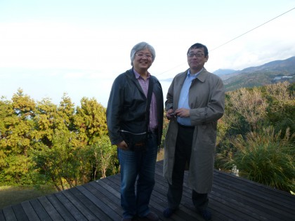 デカデカコンビの米田(左)さんと吉岡(右)さん